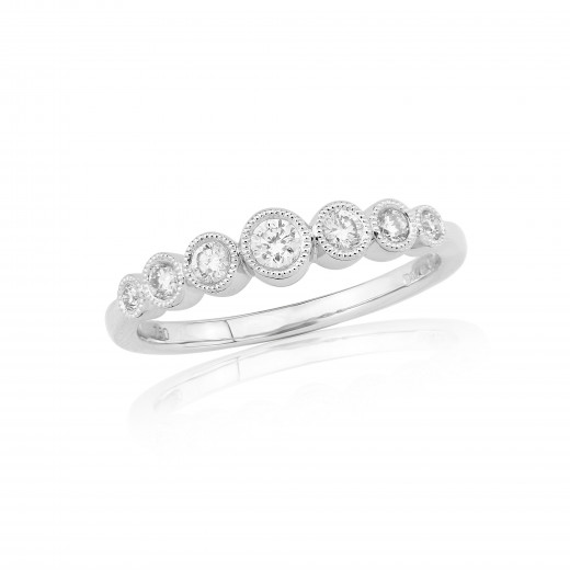 18ct White Gold Diamond Millgrain Ring