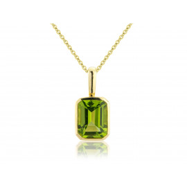 9ct Yellow Gold Large Octagonal Peridot Pendant Necklace