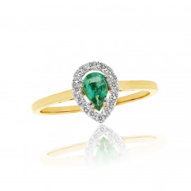 18ct Yellow Gold Diamond & Pear Cut Emerald Wed fit Ring
