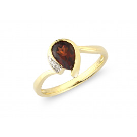 9ct Yellow Gold Diamond Garnet Pear Ring