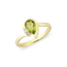 9ct Yellow Gold Diamond Peridot Pear Ring