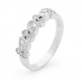 18ct White Gold Diamond Millgrain Ring