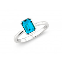 9ct White Gold Octagon London Blue Topaz Ring